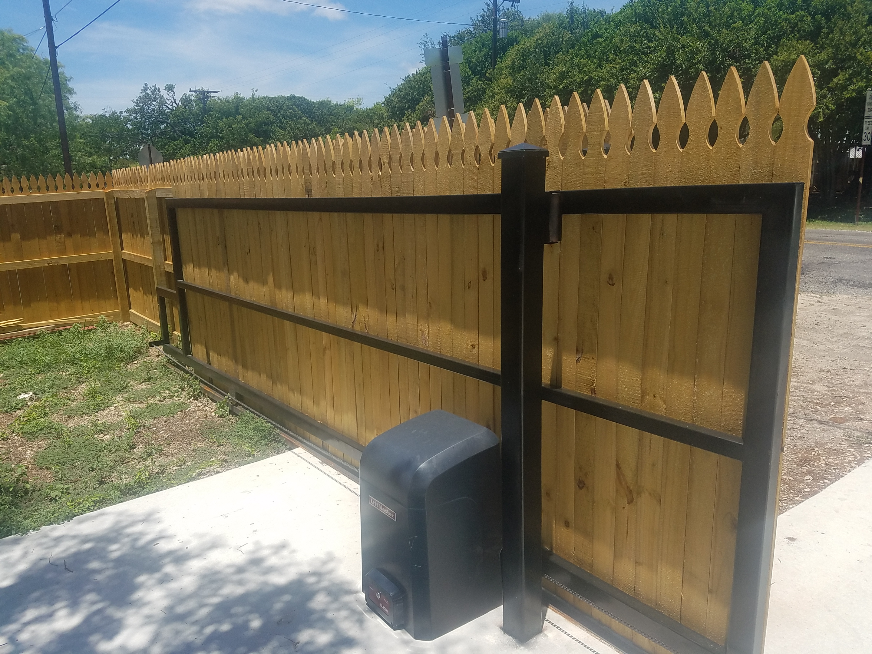 Custom Fences in Texas Hill Country, Comfort TX