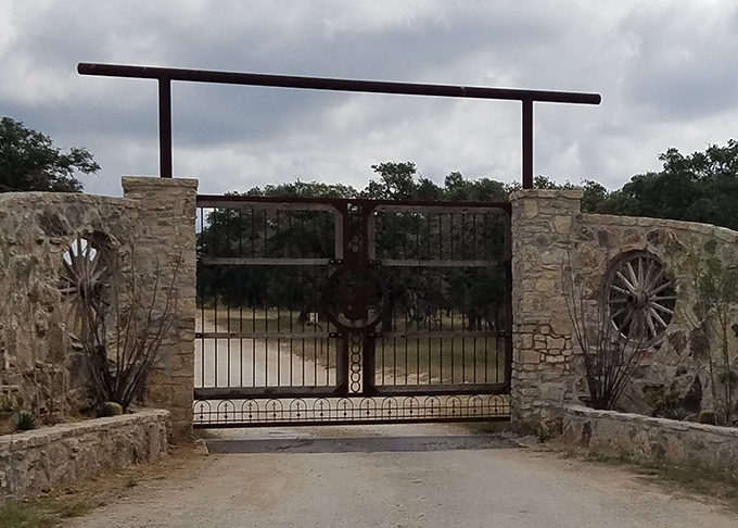 Custom Gates in Texas Hill Country, Comfort TX